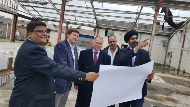 andrew lewer on the site of the proposed Gurdwara